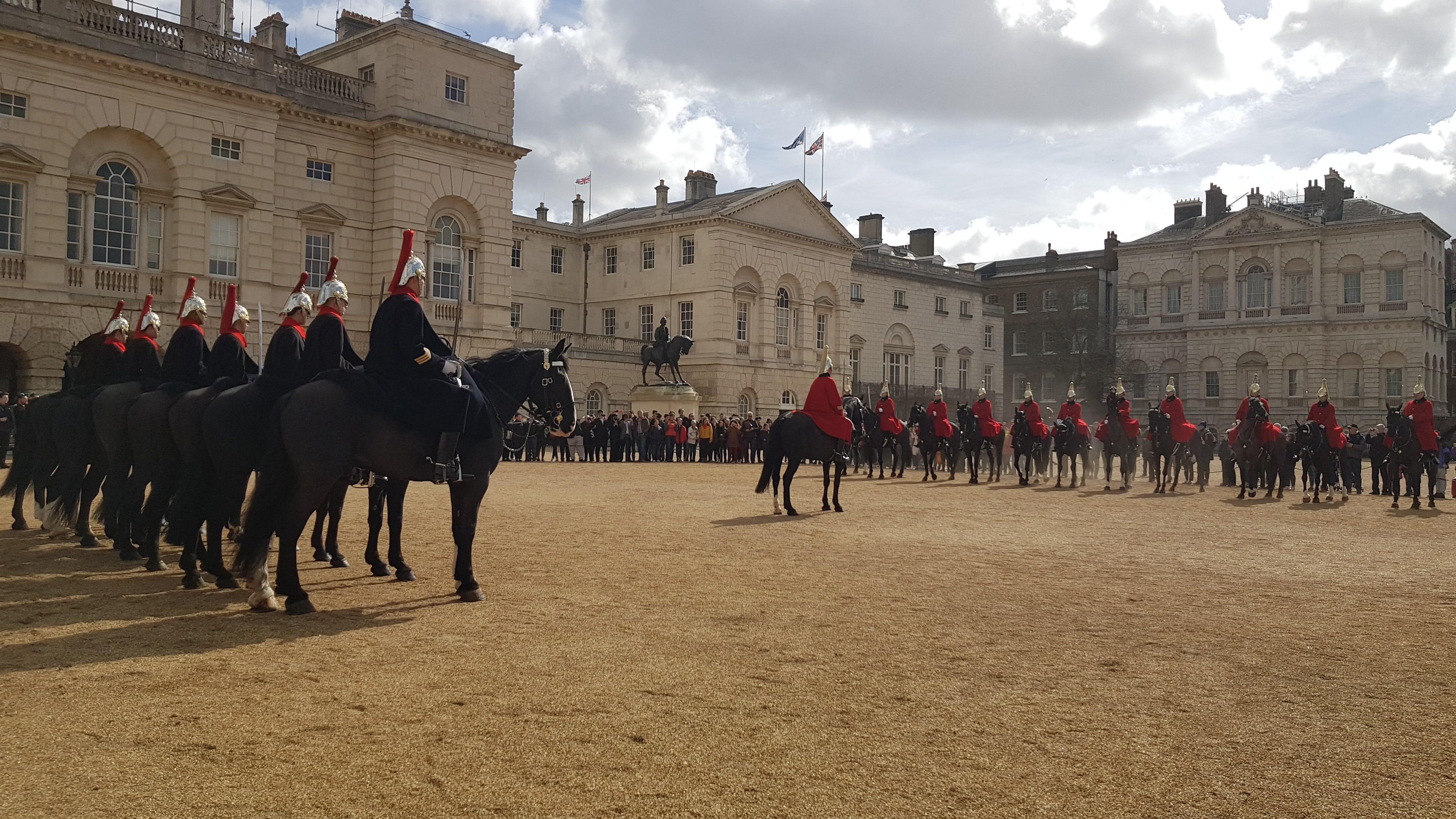 Cambio della guardia a Buckingham Palace Londra - Francesco Iodice-min
